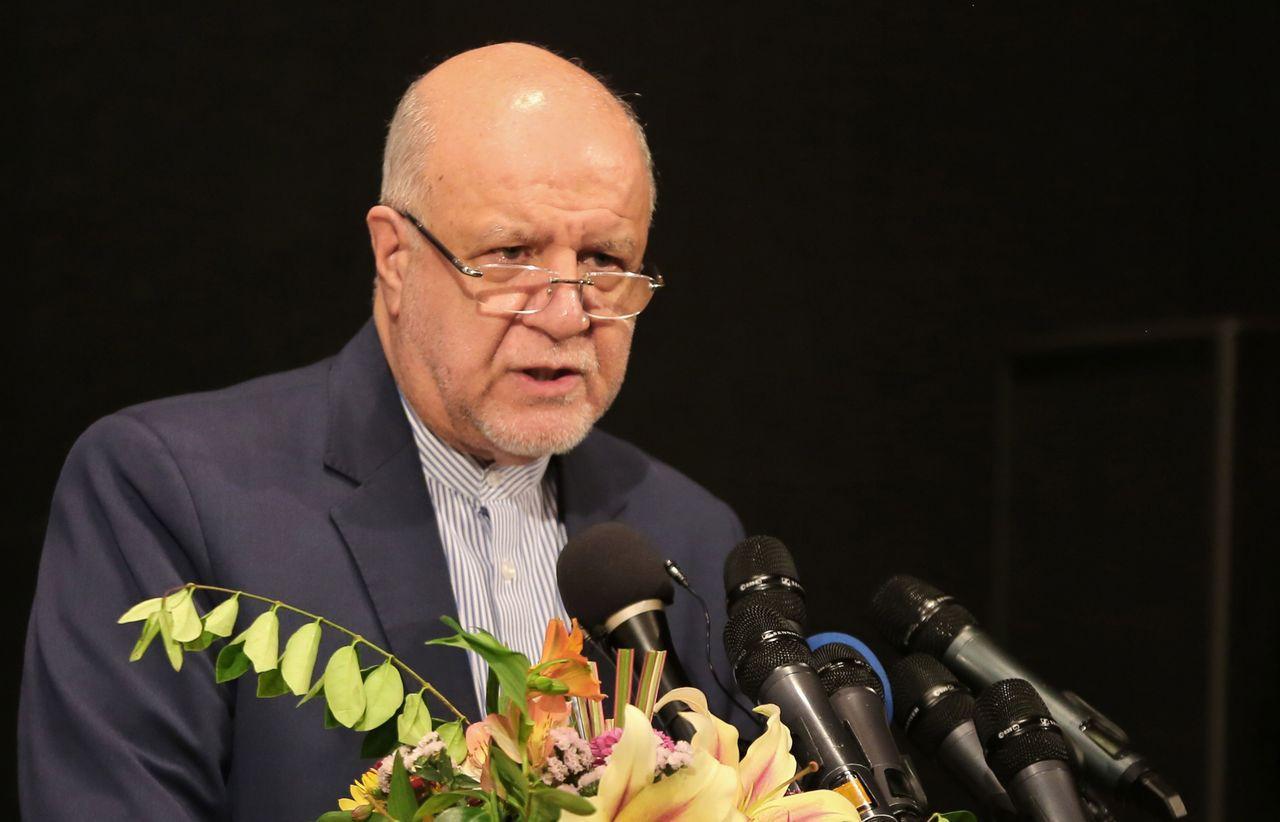 石油部長桑加尼今天表示,西南部發現的新油田為全國第2大,將使伊朗估計原油儲量再增...