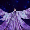 仙出新境界!秦嵐以超夢幻投影裙登雙11晚會 《延禧攻略》白月光娘娘不是叫假的