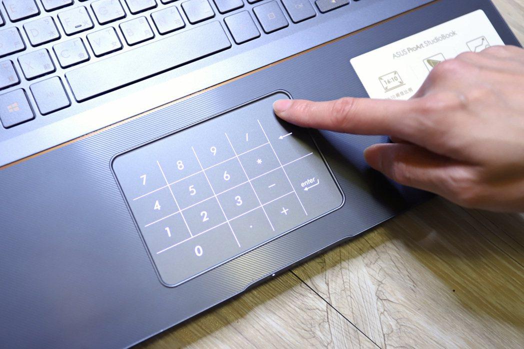 華碩當家NumerPad也一併導入。 彭子豪/攝影