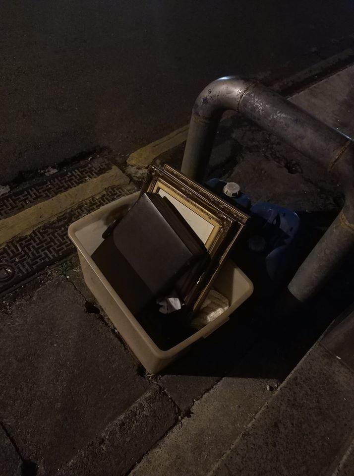 網友貼上新照證明晚上箱子還在。 圖片來源/爆怨公社