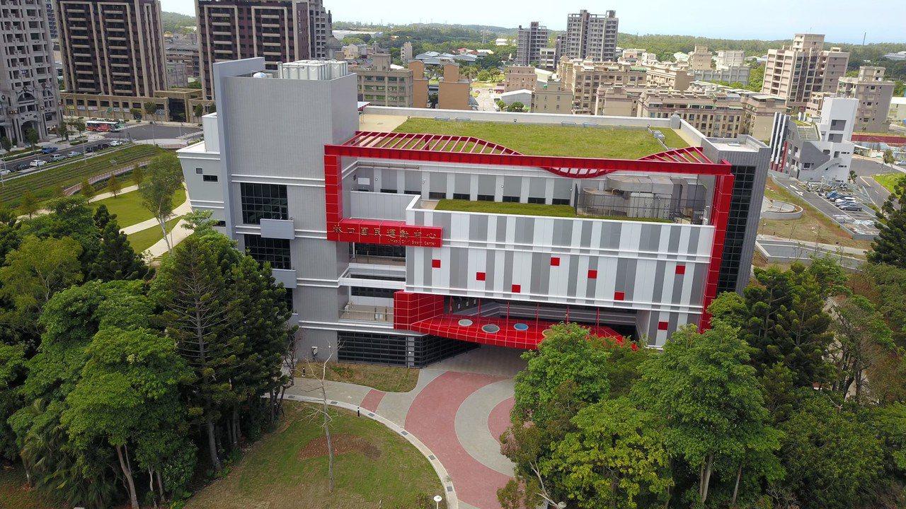 新北林口國民運動中心本月30日起免費試營運兩周。圖/體育處提供