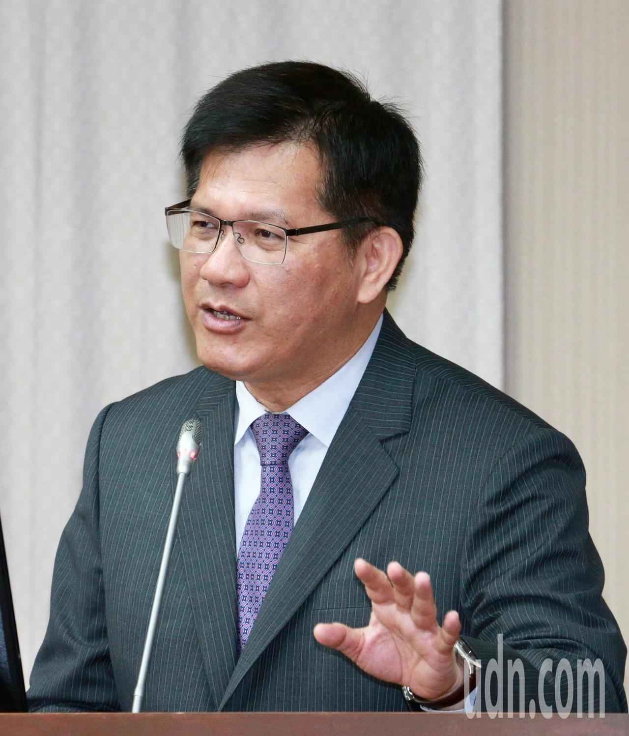 交通部長林佳龍表示。記者黃義書/攝影