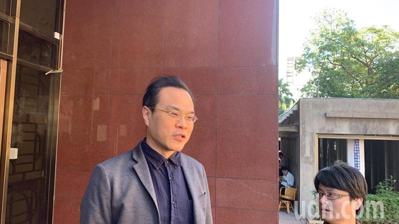 台北地檢署檢察官林達呼籲儘速通過「妨害司法公正罪」,以杜絕關說。記者賴佩璇/攝影。