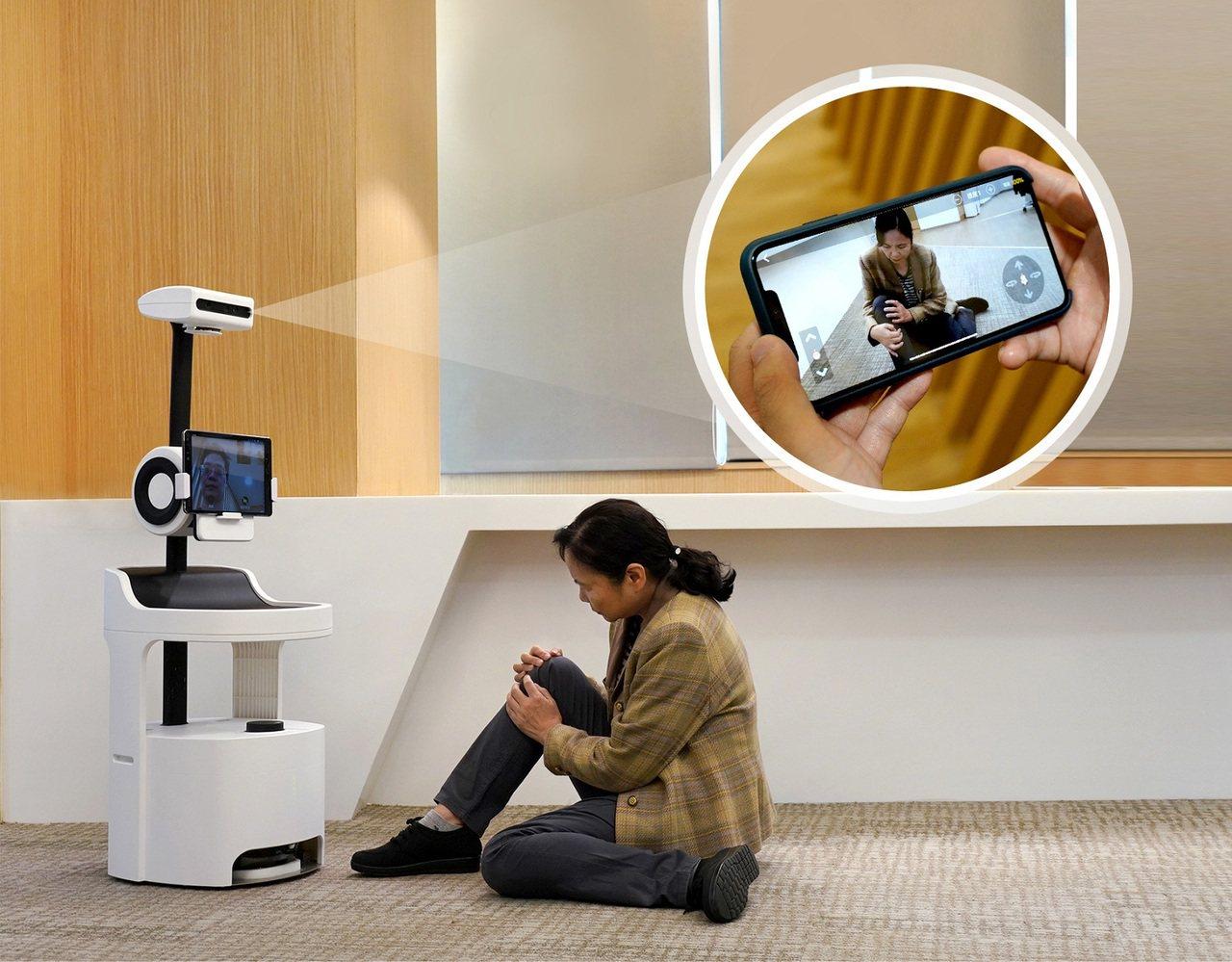 工研院「PECOLA樂齡陪伴機器人」,不僅能辨識、分析老人的生活狀況、飲食起居,...