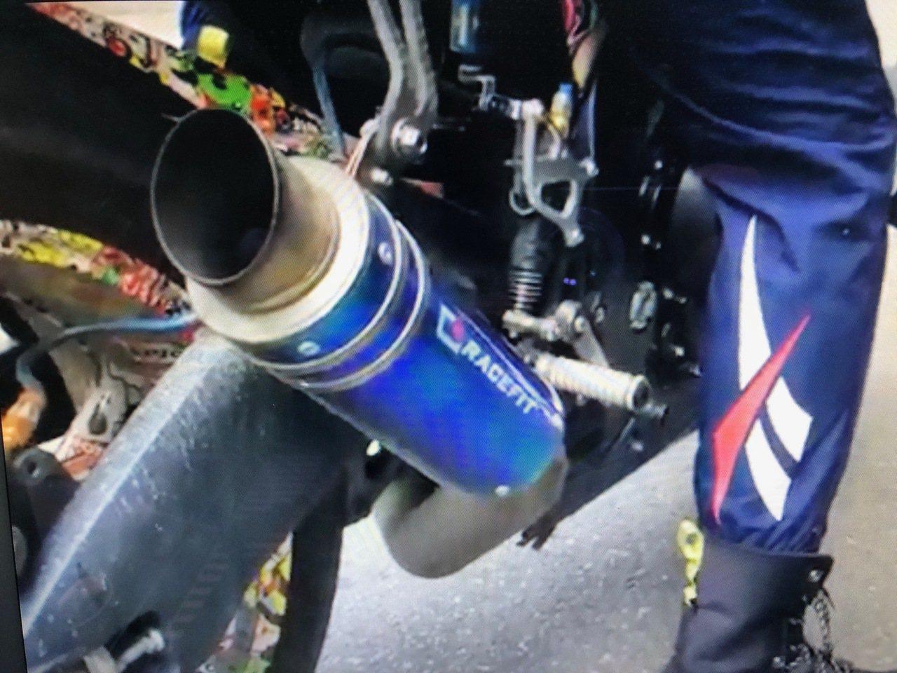 台中市第五警分局為維護新社花海活動的寧靜,將在展出期間,不定時聯合環保局、監理站...