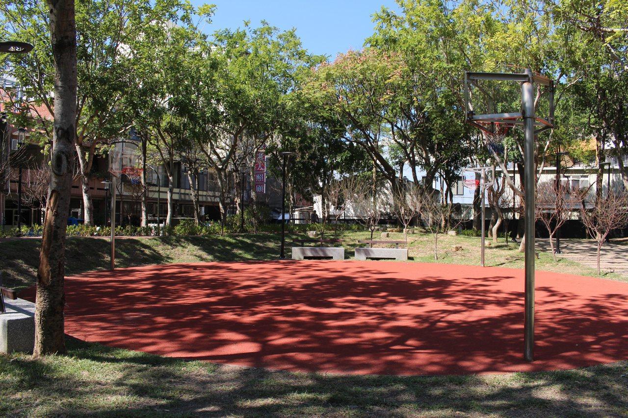 新竹市長和公園圓型籃球場。記者張雅婷/攝影