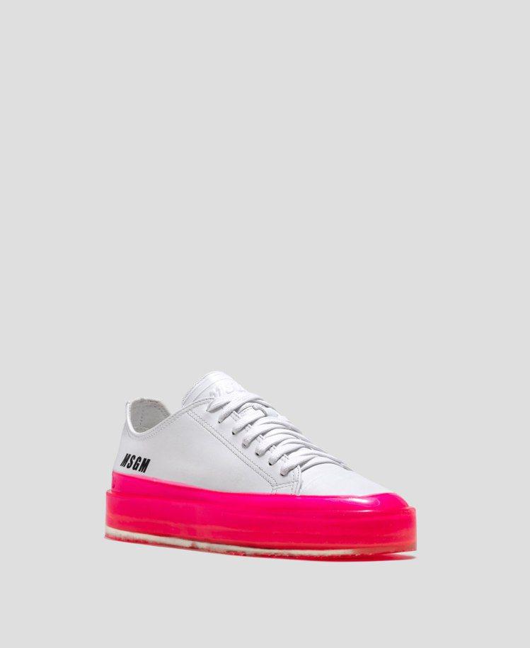 女生桃色膠底休閒鞋,21,800元。圖/MSGM提供