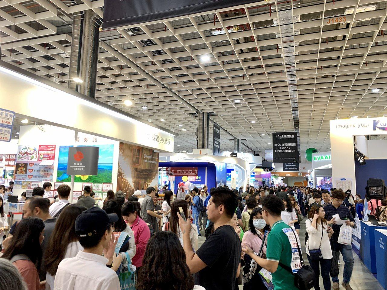 「2019 ITF台北國際旅展」最後一天仍有滿滿人潮。記者張芳瑜/攝影