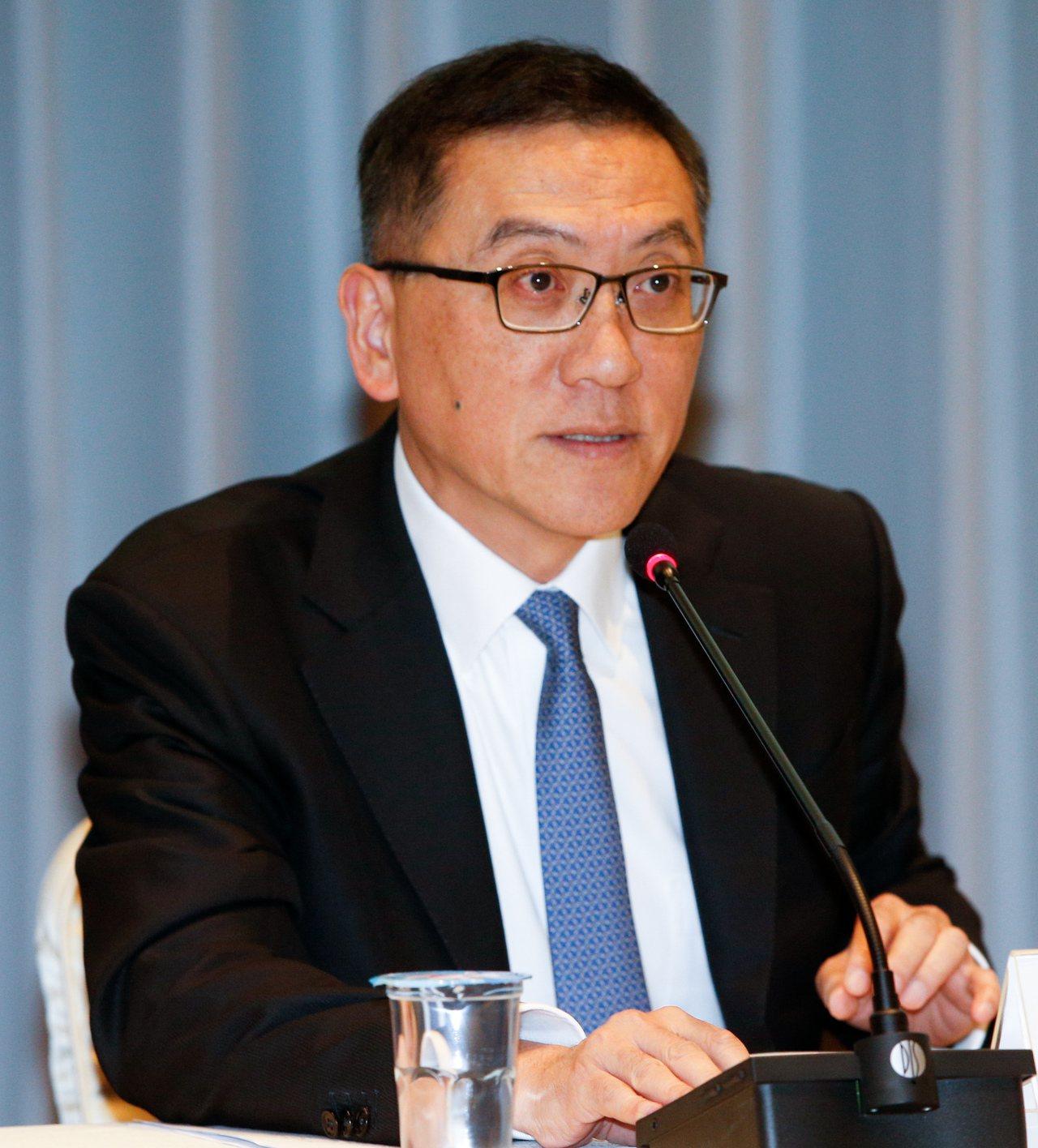 中信金總經理吳一揆提出預警,認為明年資本市場將遭遇利率下跌、負利率持續擴張、經濟...