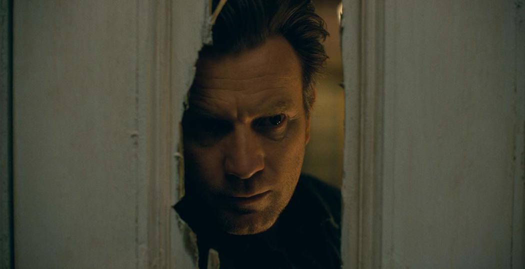 「安眠醫生」連討厭「鬼店」電影版的史蒂芬金都讚好。圖/摘自imdb