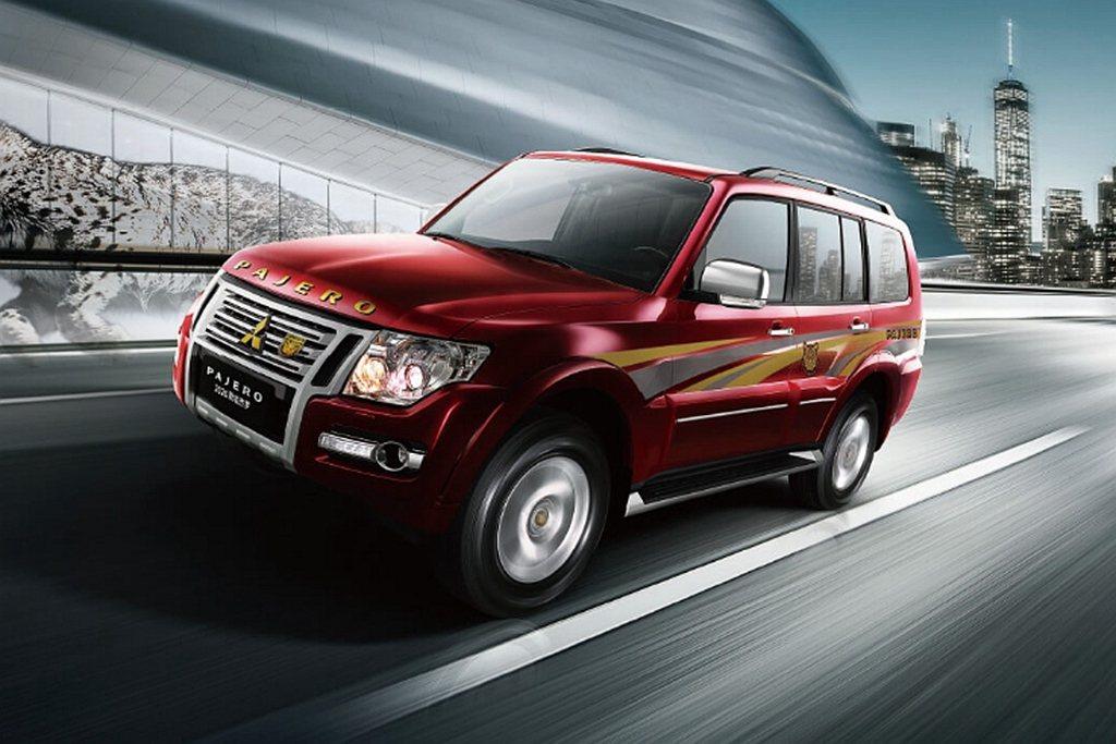 中國新年式三菱Pajero動力依舊搭載3.0L V6自然進氣汽油引擎,可提供17...