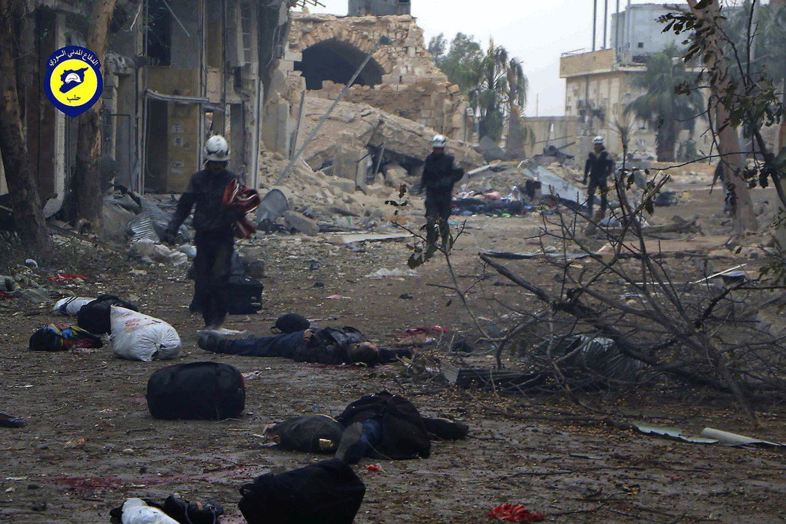 敘利亞內戰2012年開始膠著後,各大都會戰場更是被陷入了斷糧、空襲、轟炸焦土戰的...