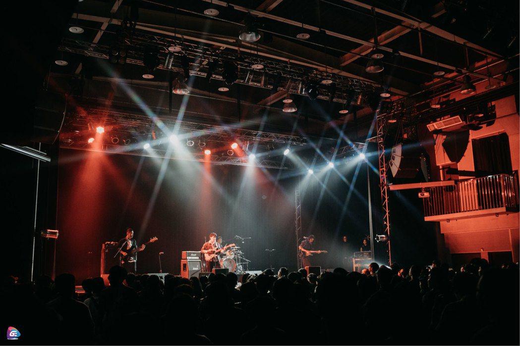 成軍12年的「先知瑪莉」入圍過金曲樂團。圖/華貴娛樂提供