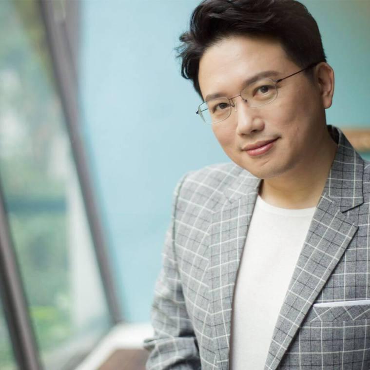 江坤俊醫師常在臉書貼文,分享和乳癌患者的對話,昨天那句「既然妳願意出來了,那就別...