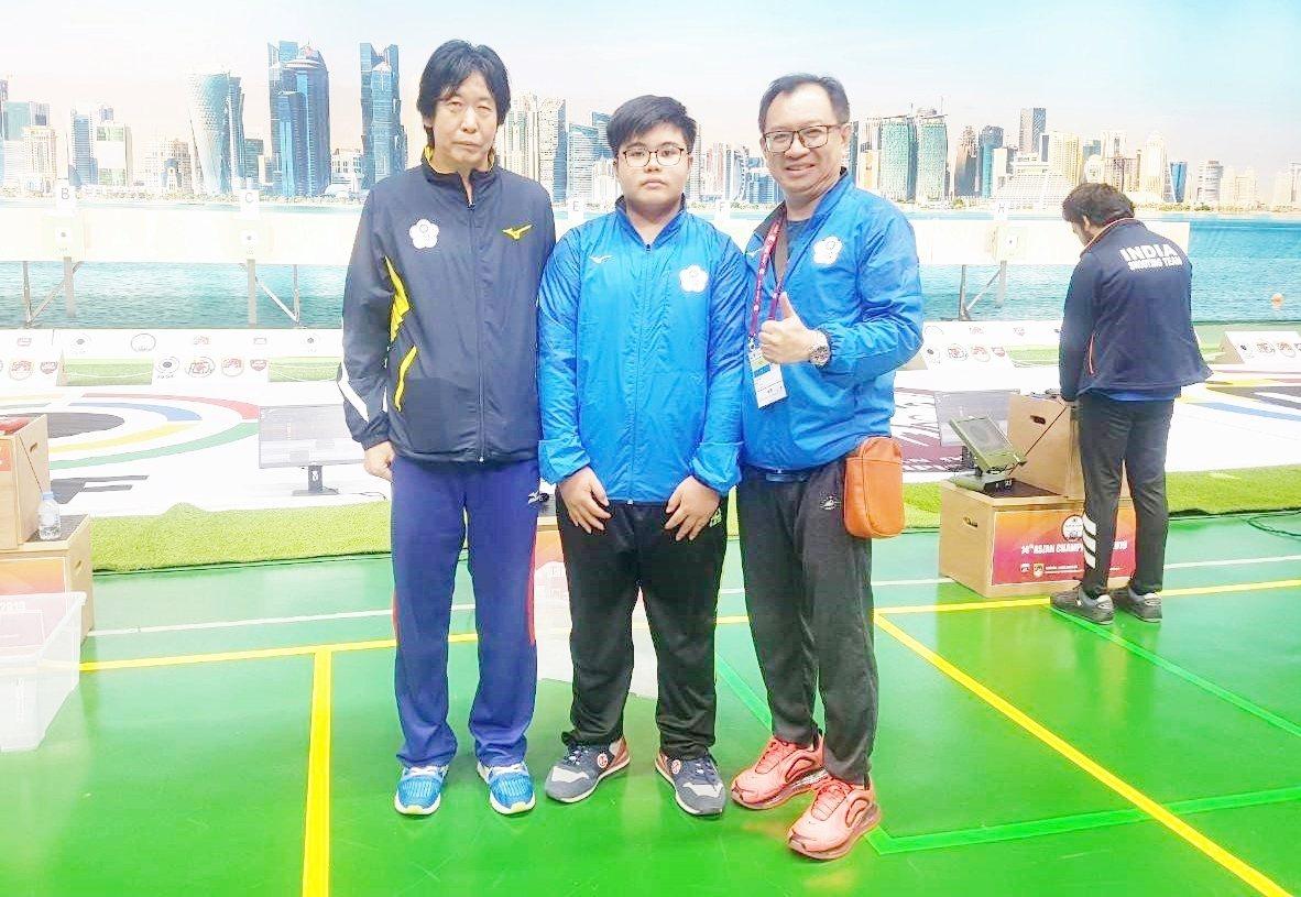 金利偉華(中)日前在卡達多哈舉辦的2019年亞洲射擊錦標賽,獲得一面銅牌。圖/教...