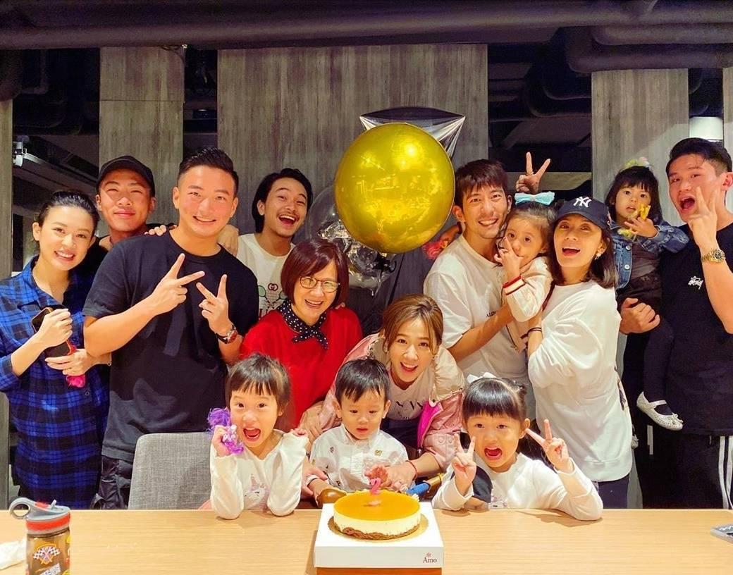 方志友與楊銘威為兒子辦生日派對。圖/擷自IG