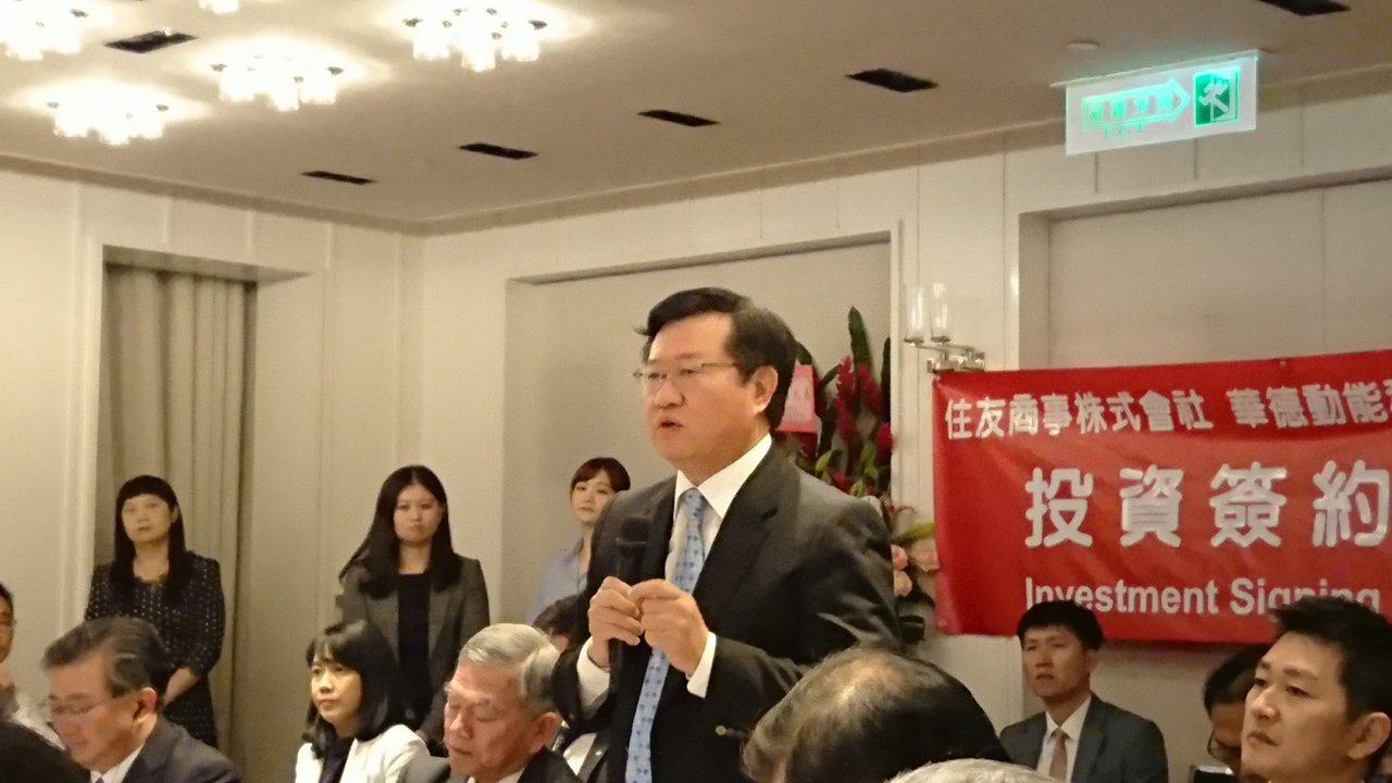 華德動能董事長蔡裕慶表示,這也是日本企業投資台灣電動巴士的首例。記者黃淑惠/攝影