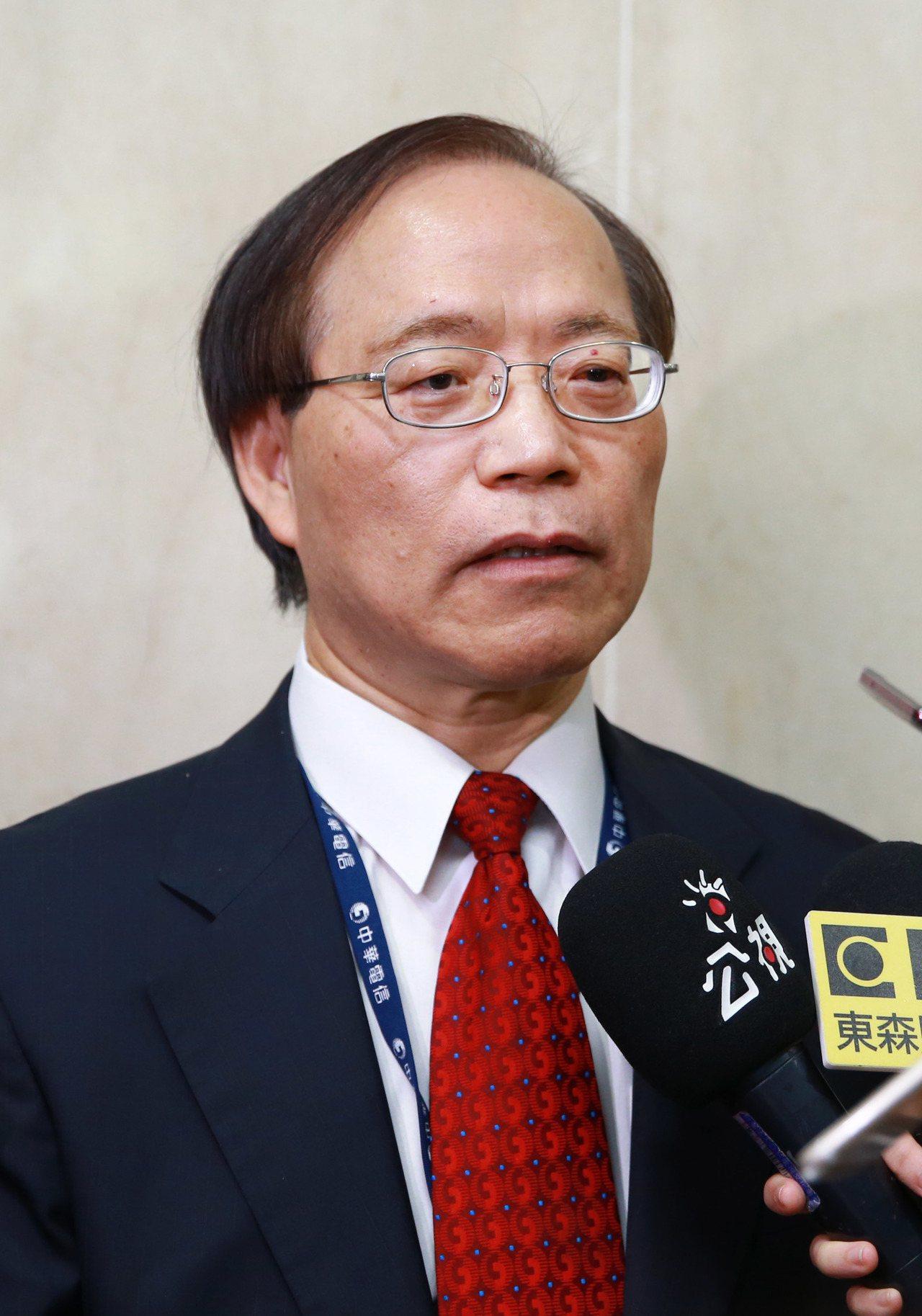 中華電信董事長謝繼茂接受訪問。記者陳柏亨/攝影