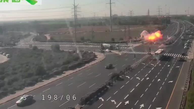 以色列軍方12日在加薩走廊發動空襲,擊斃伊斯蘭好戰團體「巴勒斯坦伊斯蘭聖戰運動」...