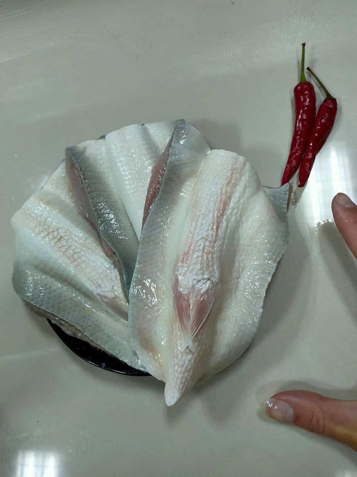 「鴻海產粥」虱目魚肚也是招牌。圖/鴻海產粥 提供