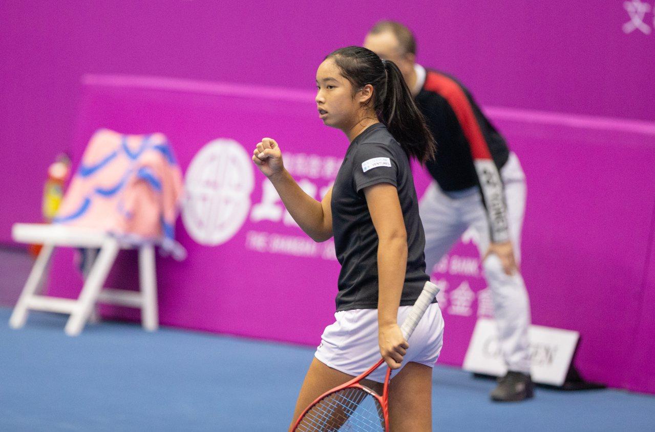15歲楊亞依擊敗葛蘭喬安娜拿下WTA首勝。圖/海碩整合行銷提供