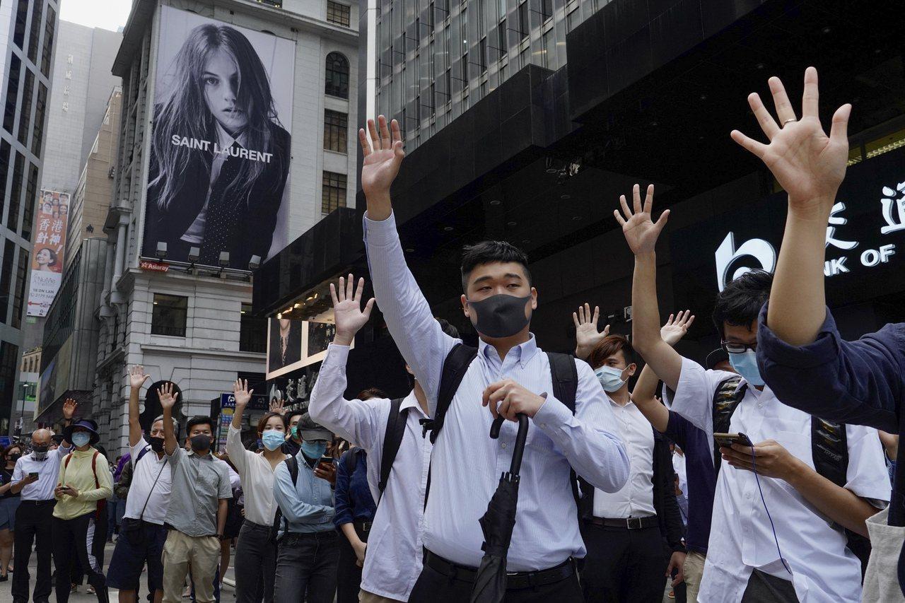 香港暴力衝突惡化讓習近平的中央領導層中鷹派更得勢 美聯社