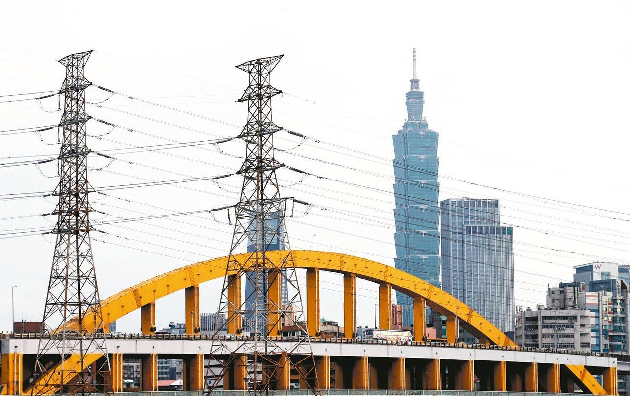 台電發言人徐造華否認台電是「綠電大盤商」。 圖/聯合報系資料照片