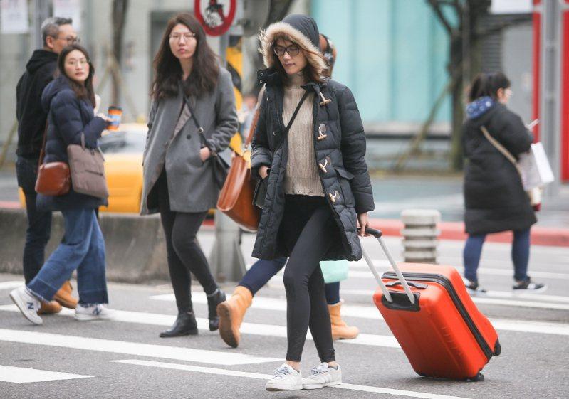 氣象局表示,14日北台灣溫度將驟降攝氏6到8度。 聯合報系資料照片/記者余承翰射影