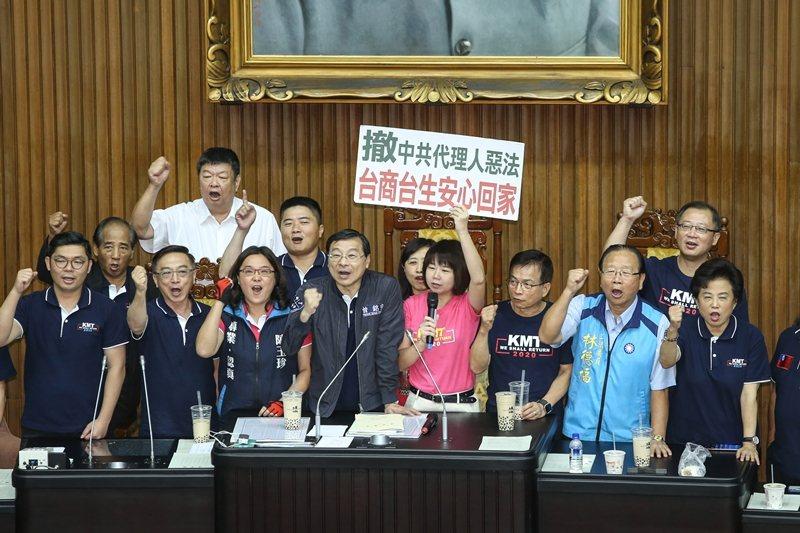 9月17日,立法院新會期開議,在野黨要求撤回中共代理人法案。 圖/聯合報系資料照
