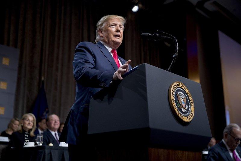 美東時間11月12日午間,川普在紐約經濟俱樂部發表演說。 圖/美聯社