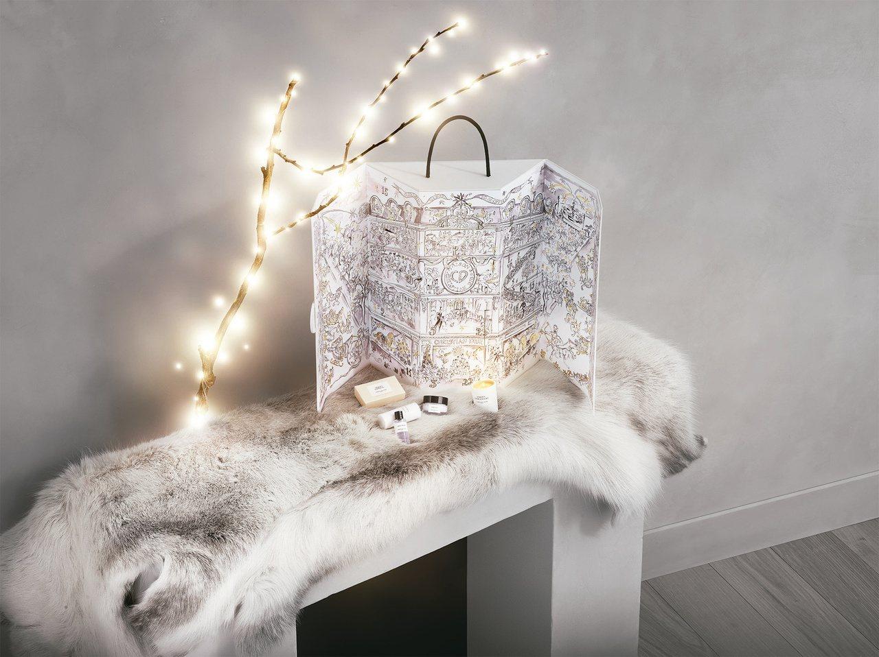 迪奧耶誕倒數日曆登場,售價15,000元。圖/迪奧提供