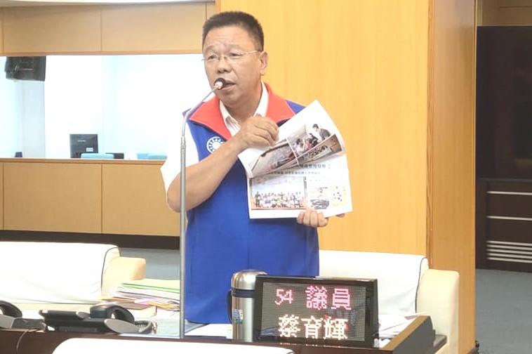 賴清德為賴惠員助選 蔡育輝批:讓鄉親失望了
