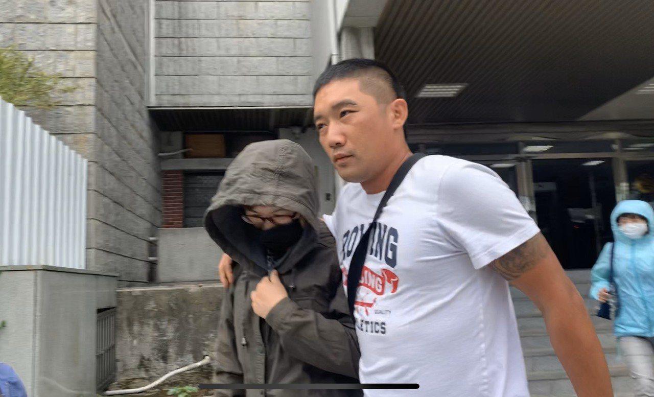 信詠工程行負責人陳美蘭(左)。記者蕭雅娟/攝影