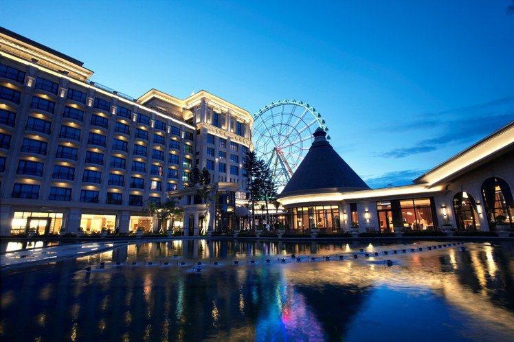 義大皇家酒店推出住一晚送一晚優惠。圖/義大提供