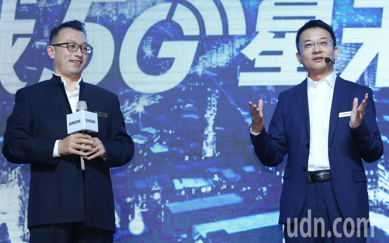三星研究院院長張代君(右)、3GPP主席周續濤(左)進行大師對談。記者曾學仁/攝...