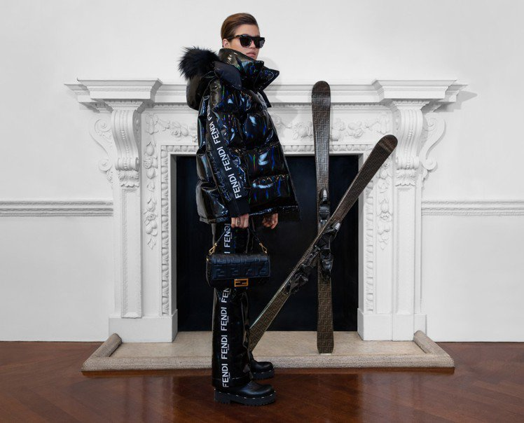 FENDI秋冬休閒服裝目前開放於官網購買。圖/FENDI提供