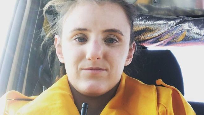 澳洲女義消羅賓森-威廉斯帶孕參與消滅野火工作。(取自BBC網頁)