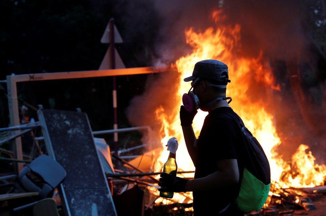 香港社會中的怒火已到達一個臨界點。路透社