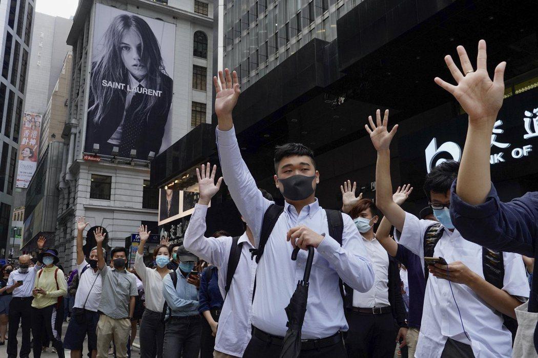 香港暴力衝突惡化。美聯社