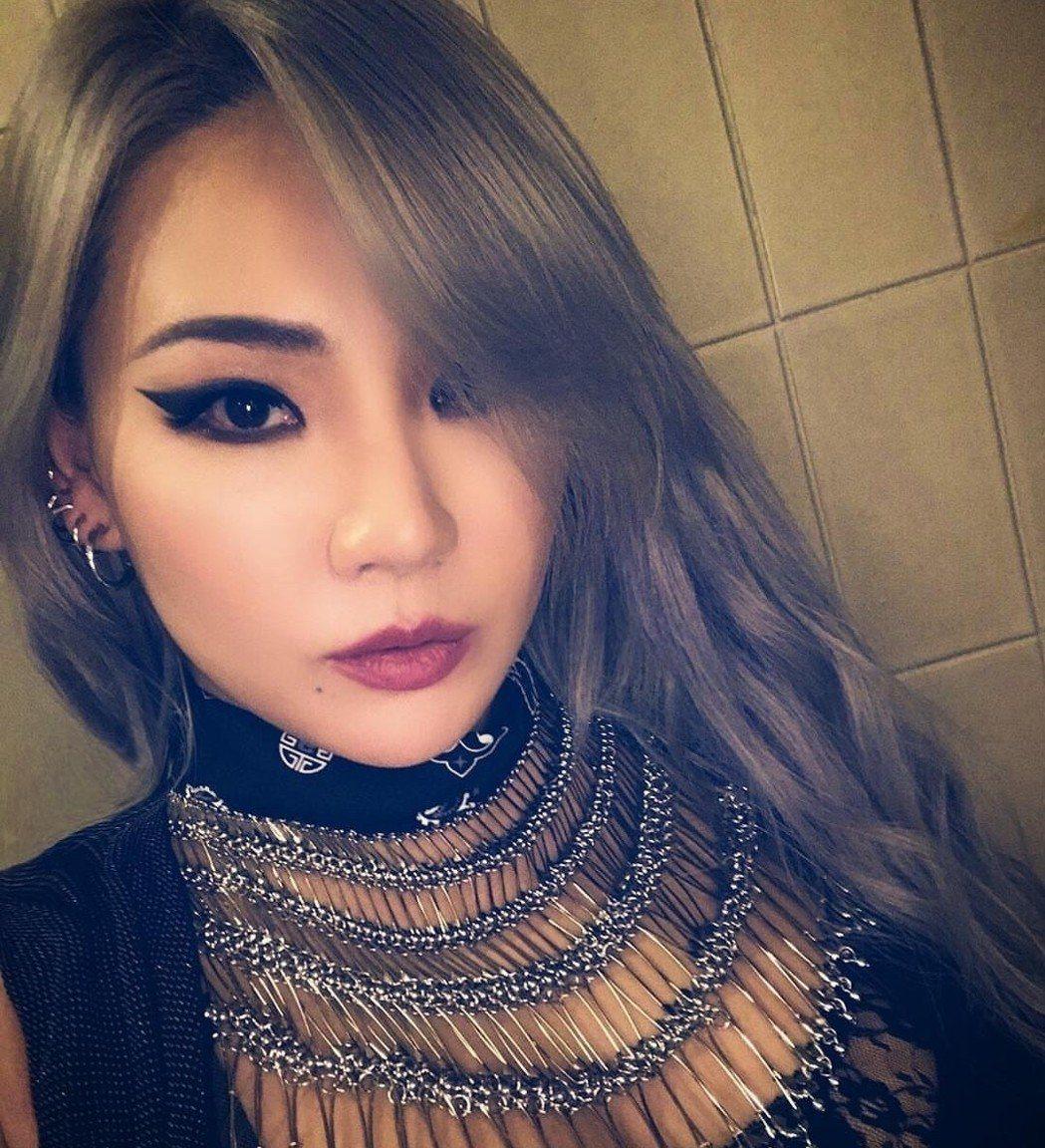 前2NE1隊長CL確定不與YG續約,結束13年的合作關係。圖/摘自IG