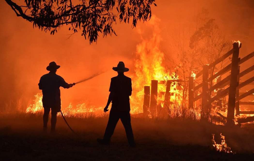 澳洲森林大火持續延燒,專家擔心情況可能惡化成火風暴。法新社