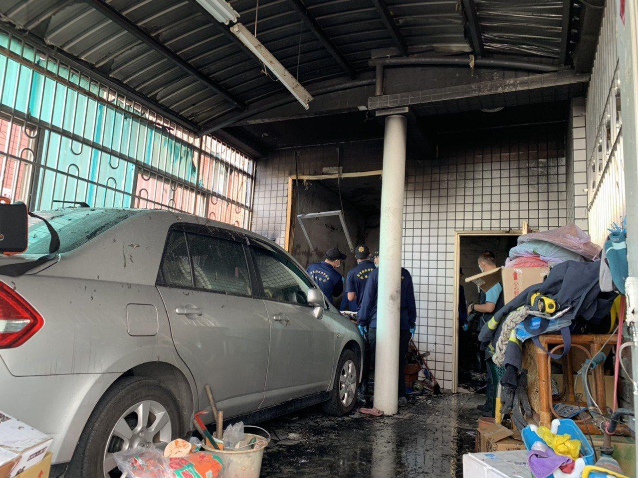 屏東縣內埔鄉,今天清晨發生民宅火警,釀一家7口4死2傷悲劇。記者翁禎霞/攝影