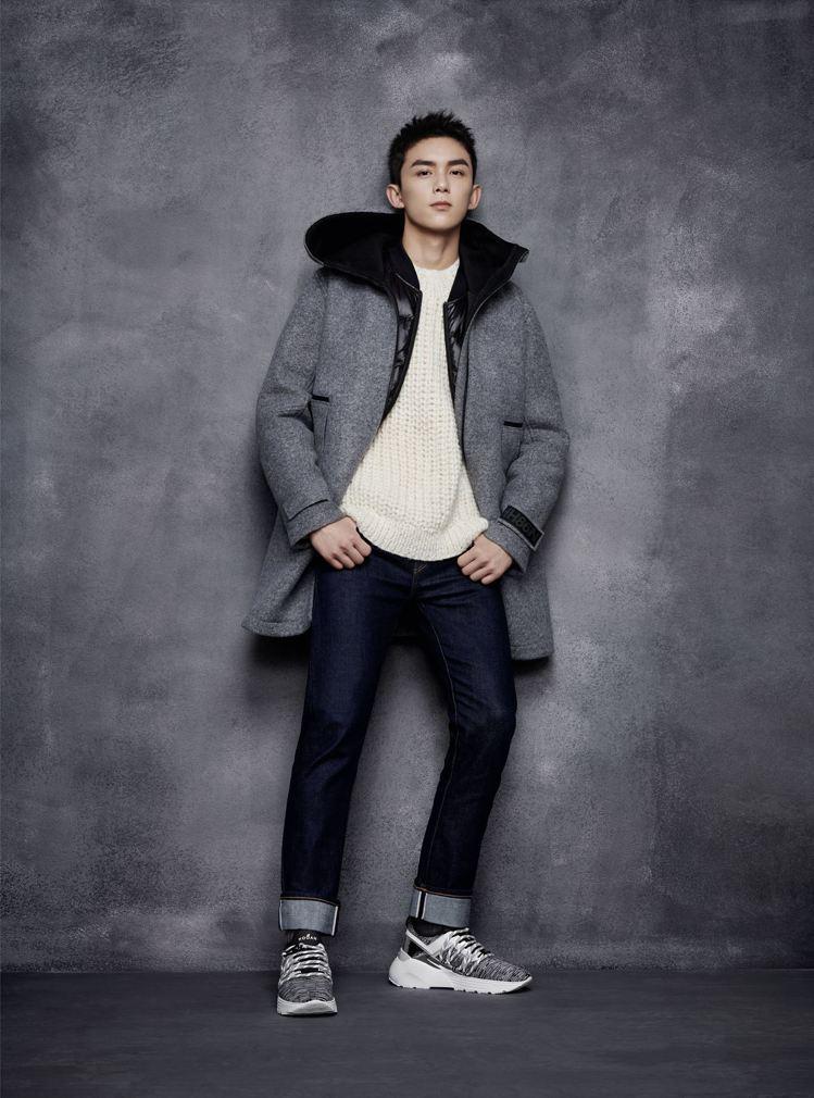 品牌大使吳磊穿HOGAN Active One針織男士休閒鞋。圖/迪生提供