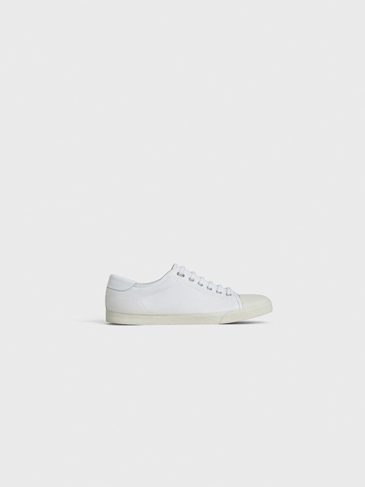 CELINE Blank白色小牛皮帆布球鞋,售價17,500元。圖/CELINE...