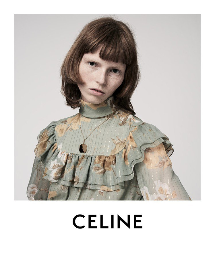 CELINE的2020早春系列形象廣告,運用拍立得影像的風格表現七○年代的聖特羅...