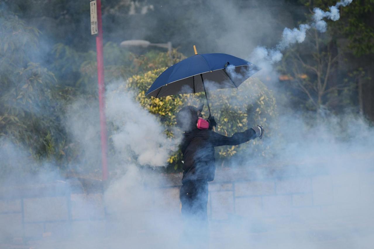 香港醫管局表示,昨(13)日至今早共有86人在各區公眾集會活動中受傷。圖:取自星...