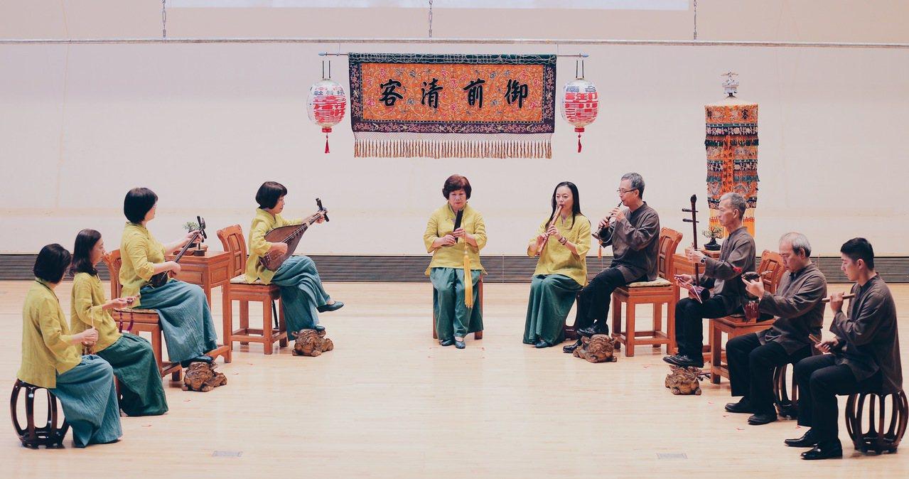國立傳統藝術中心邀約下,振聲社第一次到宜蘭演出,11月16日與17日在宜蘭園區曲...