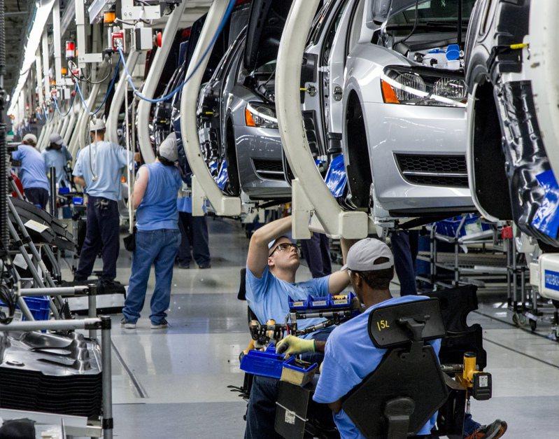 德國上季經濟驚險避開衰退,但機械與設備投資下滑。(圖/美聯社)