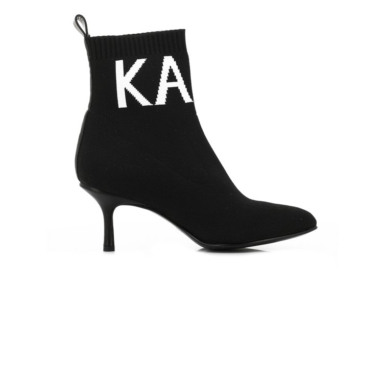 PANDORA LOGO黑色襪套低跟鞋,售價8,980元。圖/KARL LAGE...