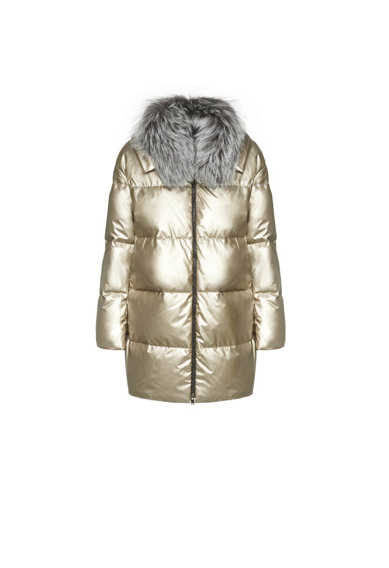 金色亮面羽絨大衣,售價10萬7,600元。圖/FABIANA FILIPPI提供